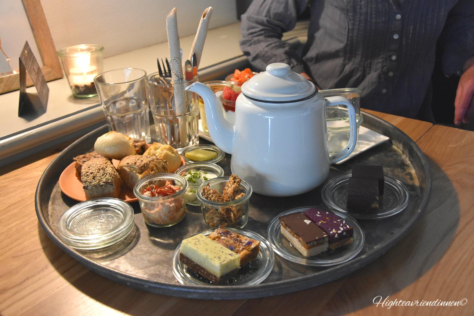 Yoghurt Barn, High tea vriendinnen, den bosch