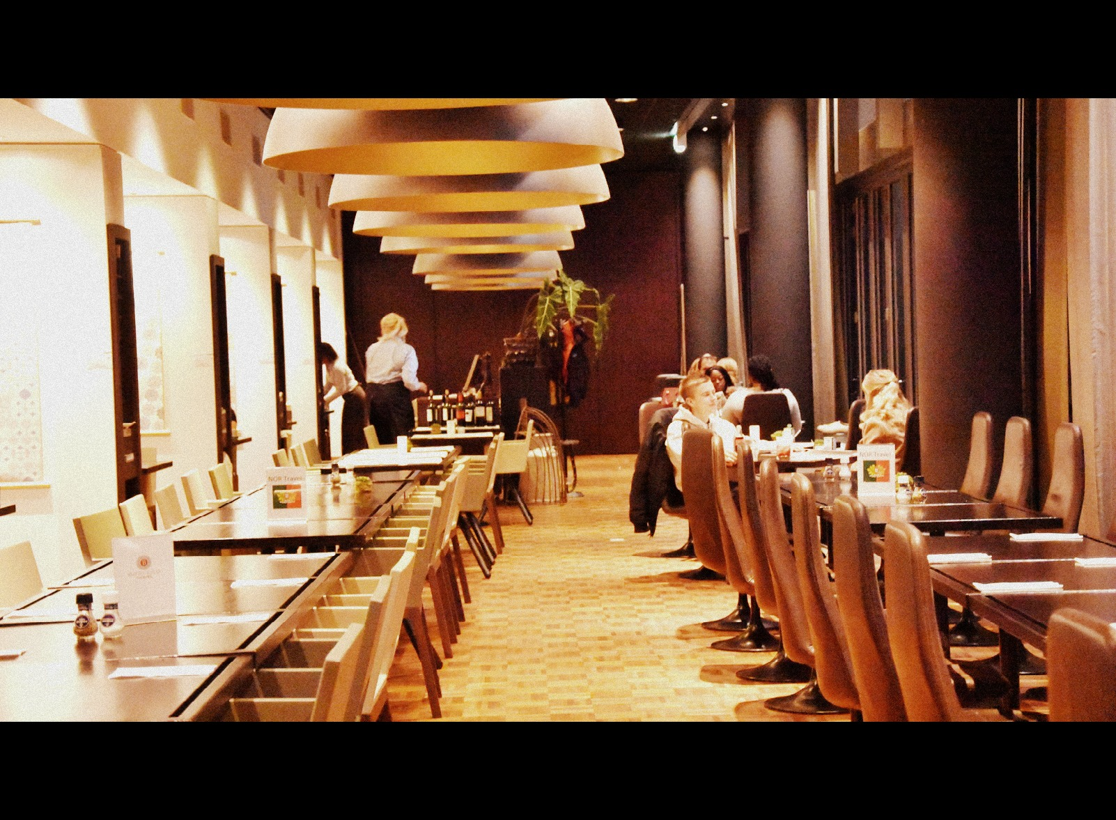 diner Dutch design hotel artimes, high tea vriendinnen