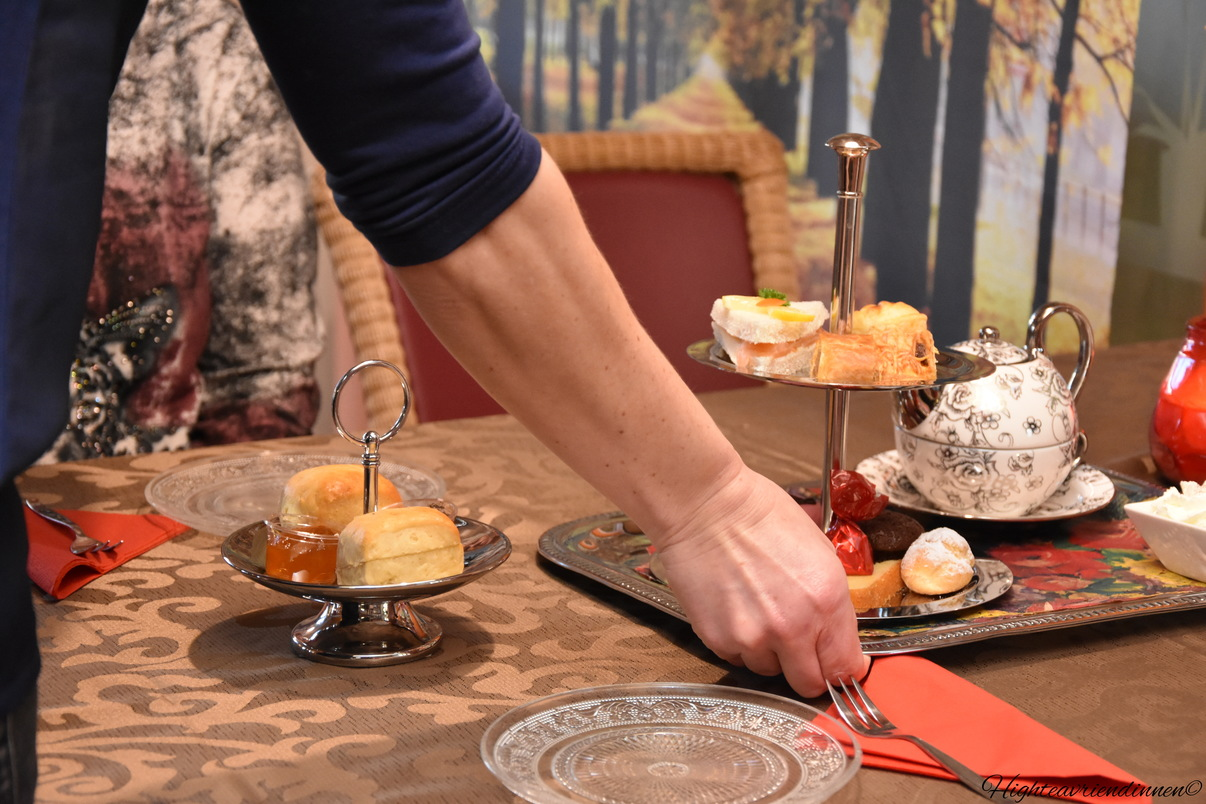 High tea seniorencomplex De Leyens, goedkope high tea zoetermeer